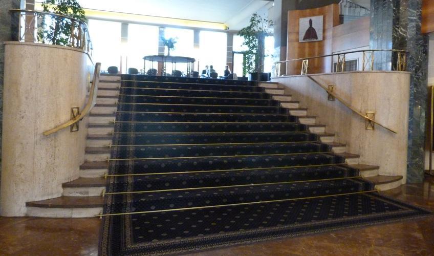 Hotel tres reyes pamplona hebra decoraci n - Tapicerias en pamplona ...